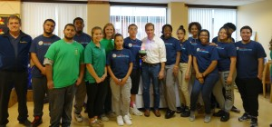 Mayor Bronin with the Youth Service Corps and Eversource employees at an LED lightbulb swap.
